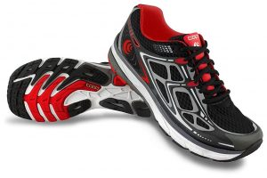 10-topo-athletic-magnifly-running-shoe