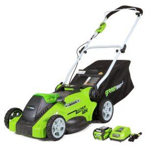 2. GreenWorks 25322 G-MAX