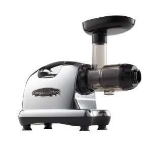 2-omega-j8006-nutrition-center-juicer