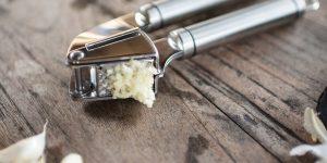 Top 10 Best Garlic Presses in 2021