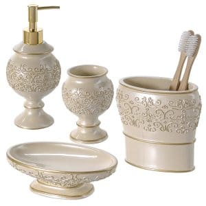 5-creative-scents-shannon-4-piece-bathroom-accessories-set